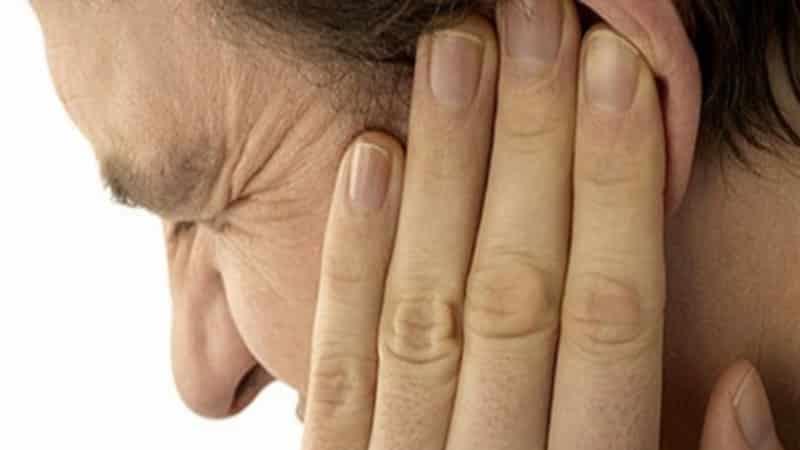 Kinn unterseite schmerzen Schmerzen in